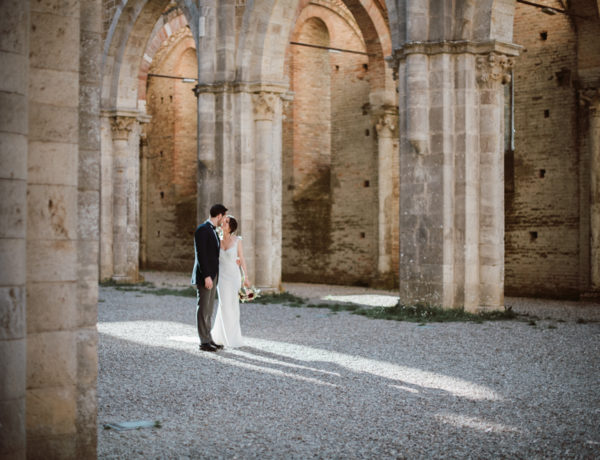 Wedding in San Galgano Abbey, Tuscany