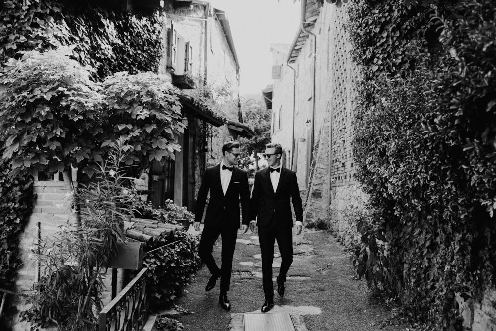 Same sex wedding photographer in Italy